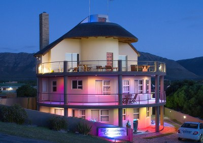 The Roundhouse; 4* Gansbaai Guest House with 5* Finishes