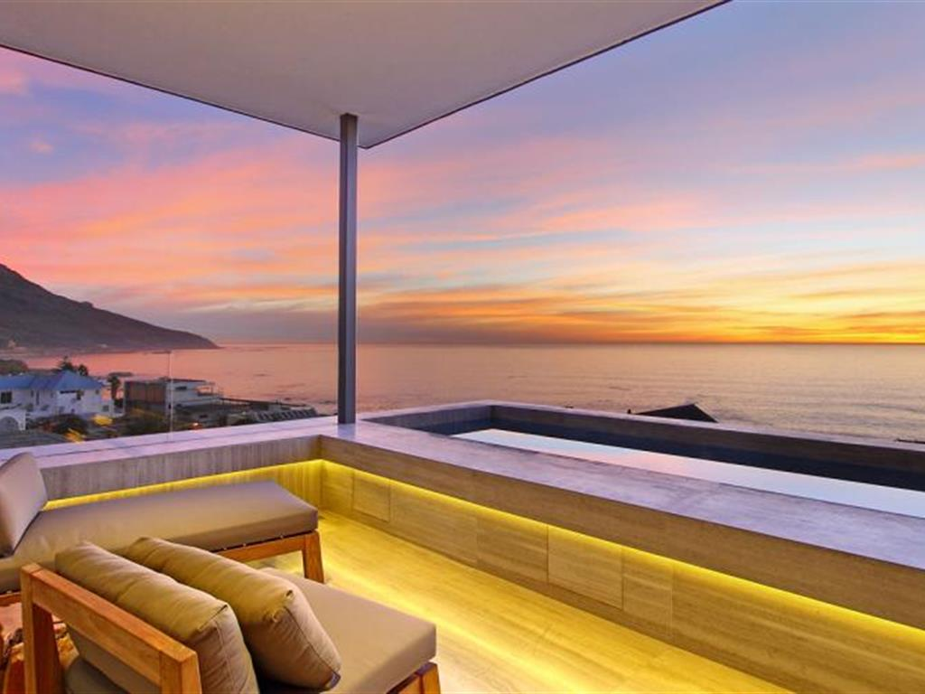 Five Ultra Modern Camps Bay Holiday Homes You Have To See
