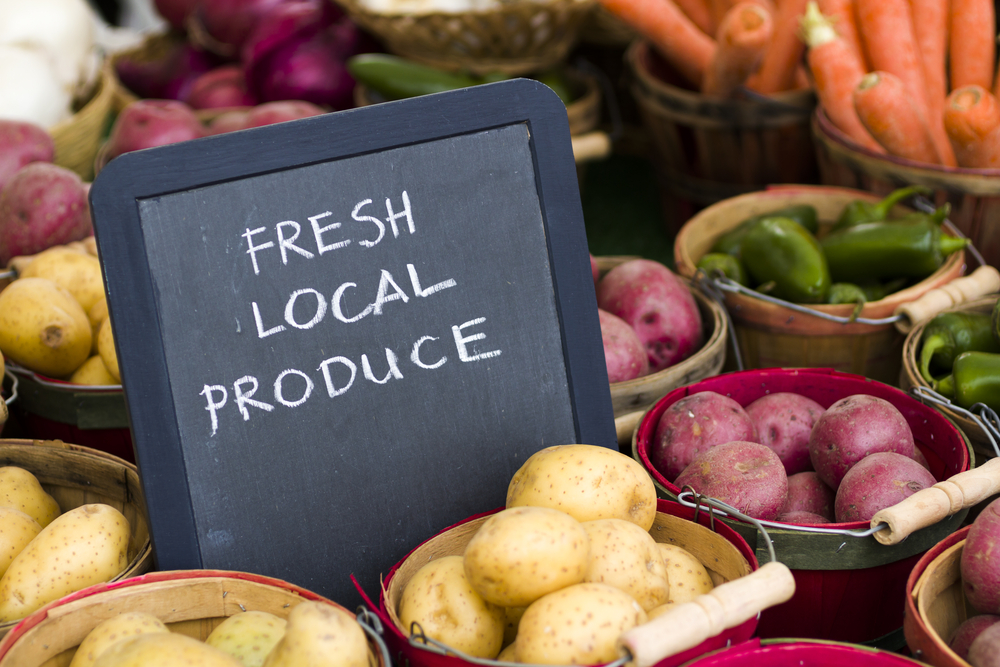 Where to find the best craft and fresh produce markets in Cape Town