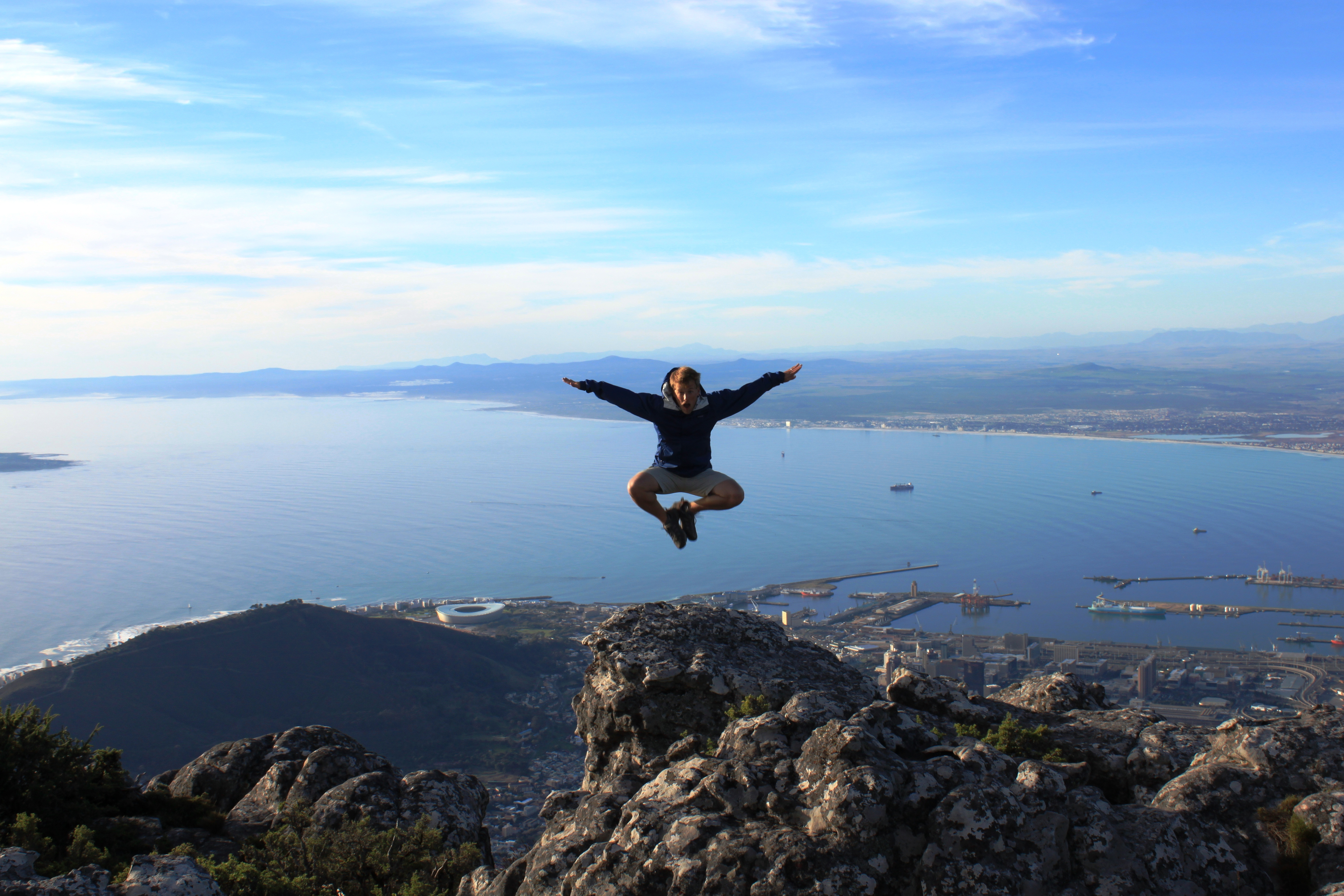 Top 5 ways to experience table mountain holiday bug for Table mountain